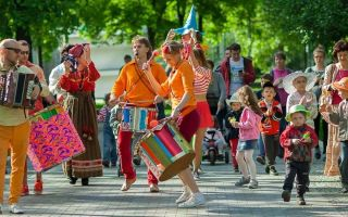 Куда можно пойти с детьми в Саратове, обзор развлечений и достопримечательностей