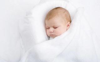 Как выбрать одеяло для ребенка в кроватку и какой наполнитель лучше