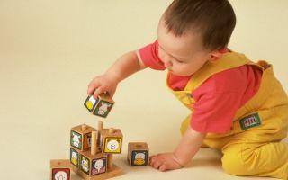 Особенности развития ребенка по месяцам до года и таблица роста и веса, что должен уметь делать