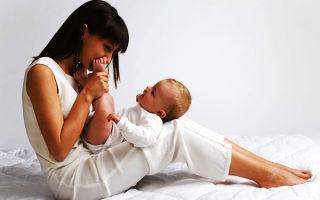 Как заговорить пупочную грыжу у младенца самостоятельно в домашних условиях?