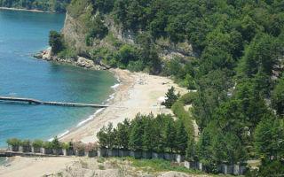 Куда поехать отдыхать в Абхазию с детьми и как выбрать лучше и интересные места