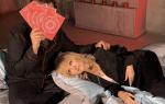 Елена Малышева не прошла мимо и прокомментировала фото Валерии с незнакомцем