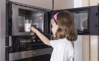 Можно ли детскую смесь греть в микроволновке