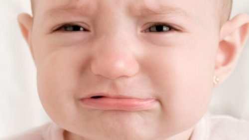 прорезывание зубов и запор