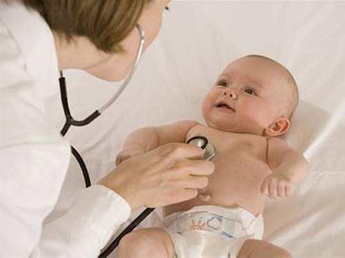 Хрипы у грудного ребенка: причины и лечение