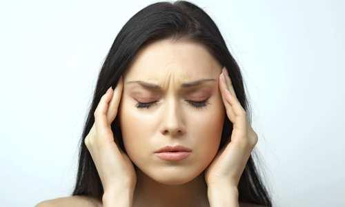 Головная боль вызвана недосыпанием