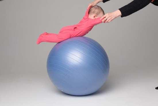 гимнастический мяч для грудничков