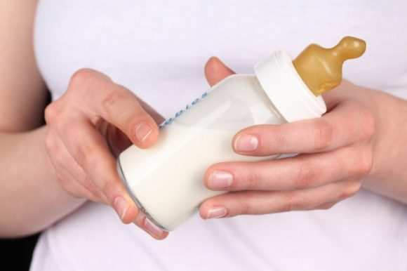 сцеженное грудное молоко после разморозки