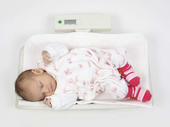Когда можно вводить творог в прикорм грудничку или как безопасно и правильно давать творог ребенку во время прикорма и с какого возраста • Твоя Семья