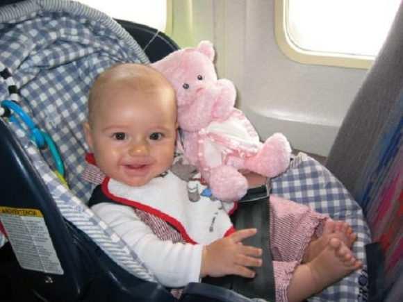 лететь в самолете с грудным ребенком