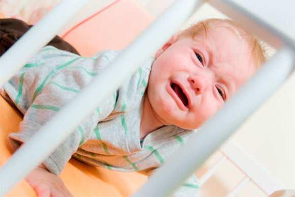 Лечение насморка младенцев народными средствами