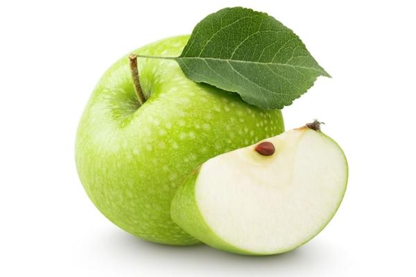 зеленое порезанное яблоко