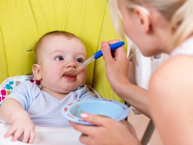 кормление малыша