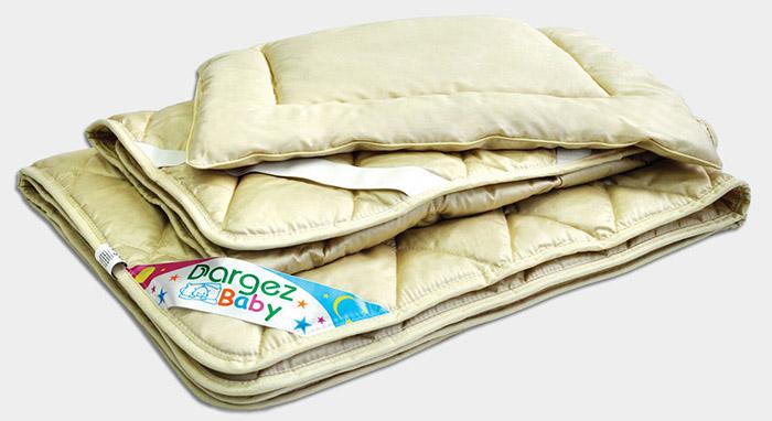 Размер детского одеяла в кроватку для новорожденных и на выписку: какой материал и наполнитель лучше, как выбрать длину
