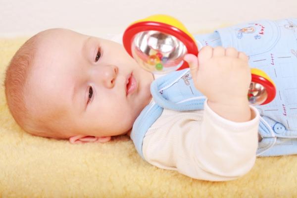 погремушка для малышей