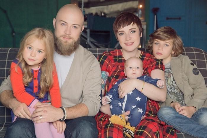 Тутта Ларсен об отношениях с мужем и детьми