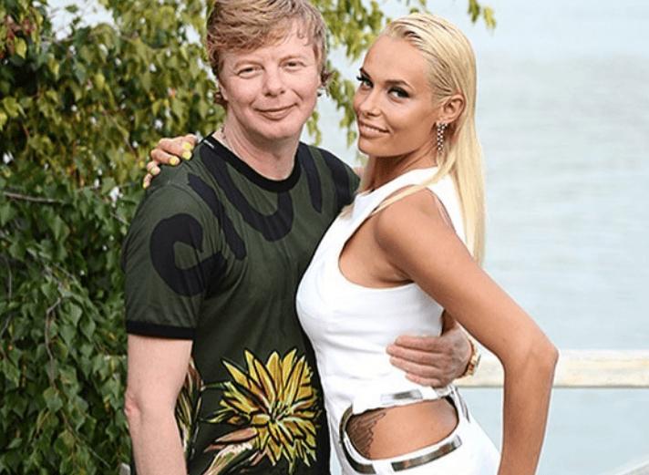 Наконец-то сказал правду: Андрей Григорьев-Апполонов подтвердил, что разводится с женой
