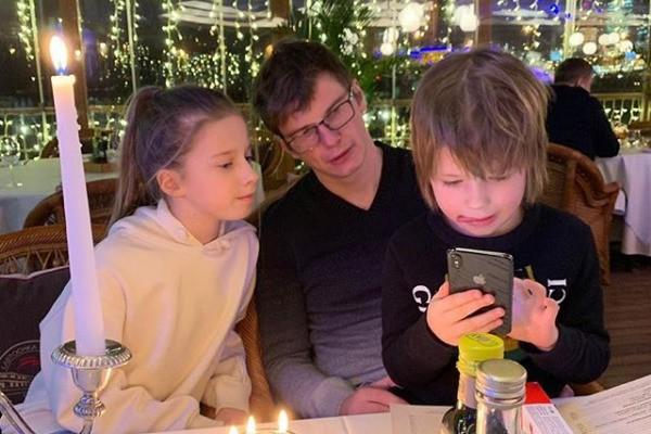 Андрей Аршавин и Юлия Барановская поздравили свою доченьку с днем рождения
