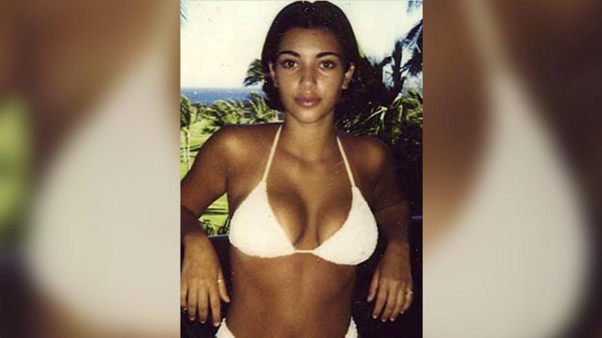 Подросток в купальнике: в сети появился снимок юной Ким Кардашьян