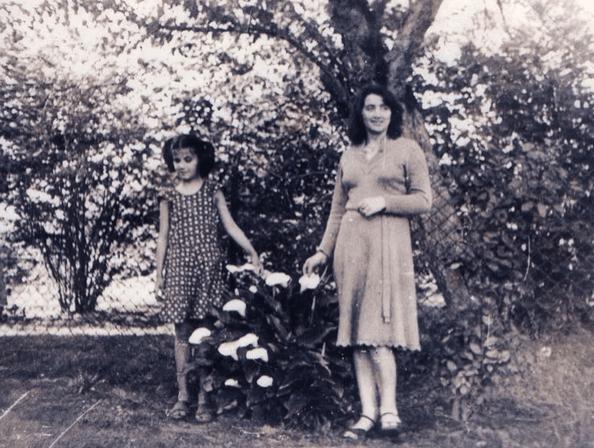 Наверное, многим интересно: фото Дианы Гурцкой в детстве