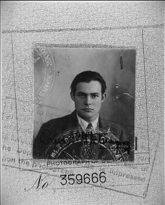 Несколько интересных исторических фото: Киркоров одет, как бомж, Хемингуэй – красавчик, а старушка из 90-х продает сигареты
